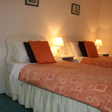 Twin Bedroom in Durrus B&B West Cork Accommodation
